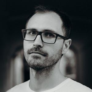 Алексей Поляринов