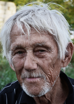 Попов Вячеслав